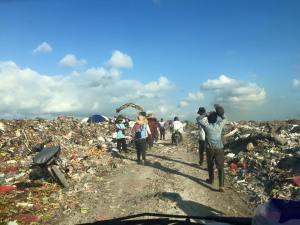 gargbage dump people